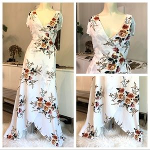 NEW wrap maxi dress white floral print siz…